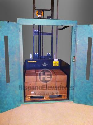 HispanoElevadores plataforma montacargas Kargo 2000kg con puertas batientes P01 mapp